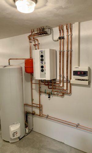 Chaudière eléctrique avec 2 zones séparées : haute et basse température